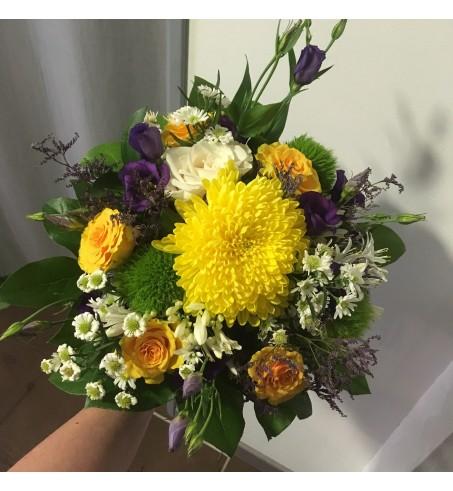 Bouquet de fleurs variées colorées