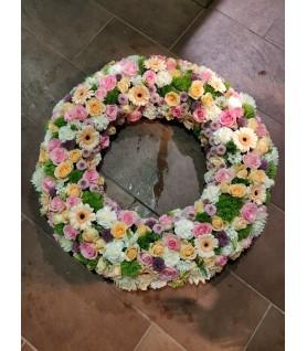 Couronne de fleurs pour un deuil