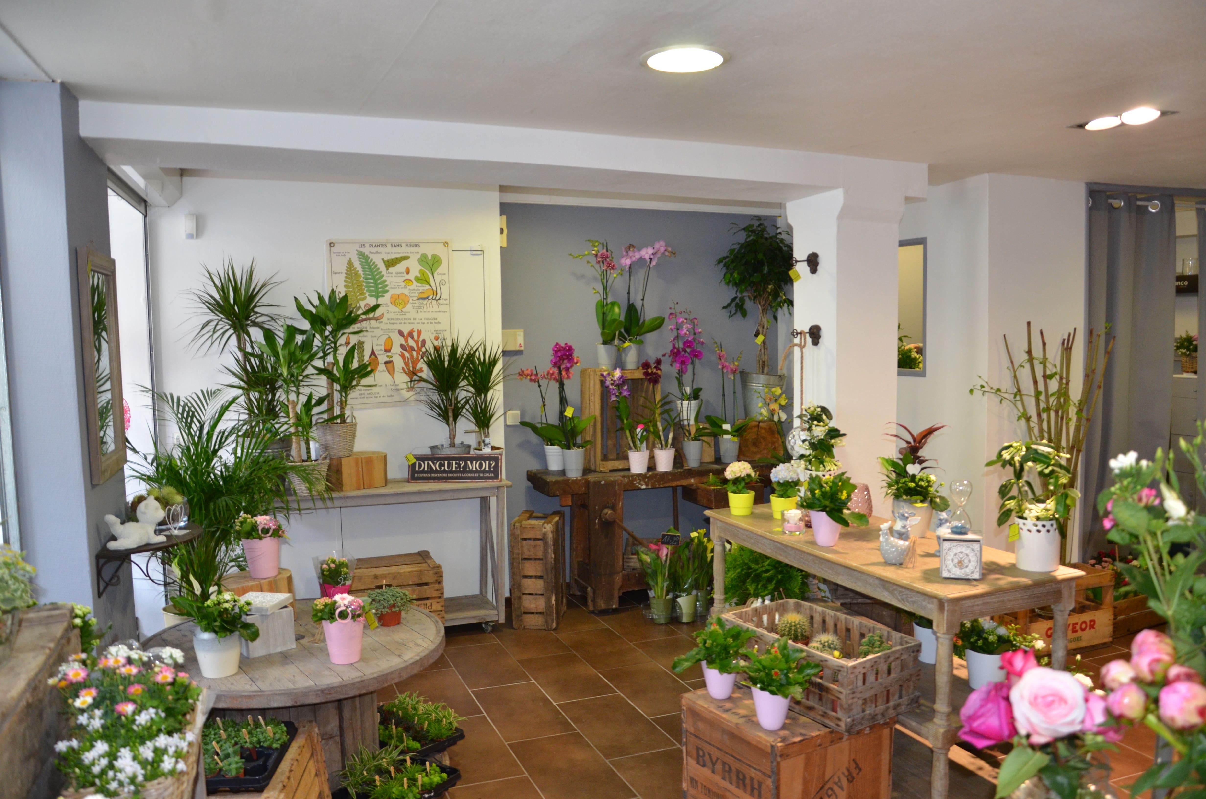 L'intérieur de la boutique à L'ATELIER d'Amélie